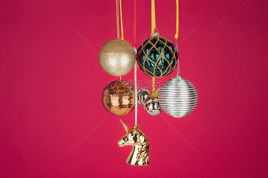 圣诞树装饰品静物素材图片