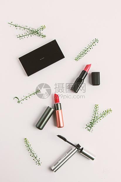 化妆品静物组合图片