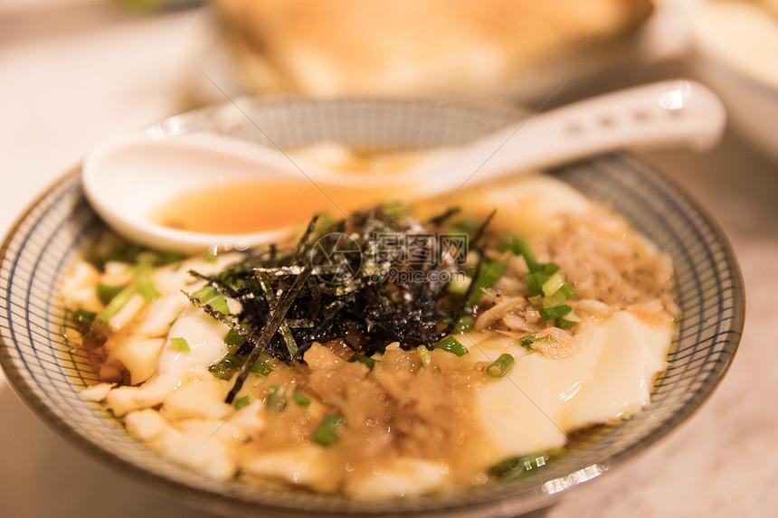 传统美食豆花图片