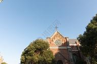 复古城堡教堂建筑一角图片