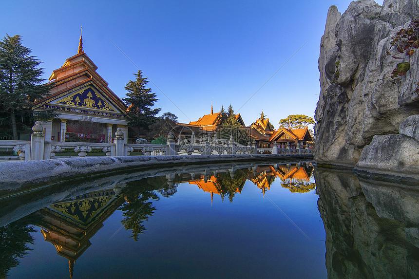 西双版纳傣族建筑图片
