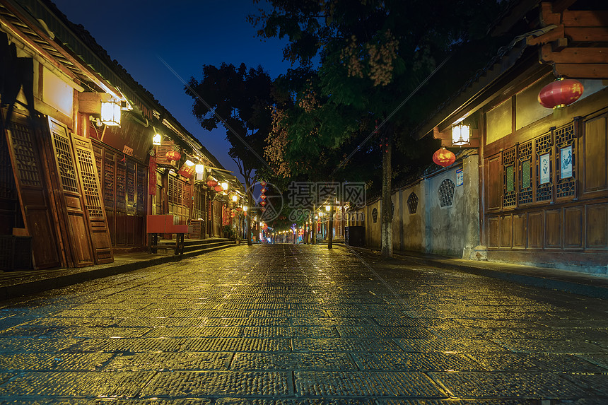 四川阆中古城夜晚街景图片