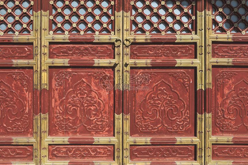 古建筑雕花木门图片