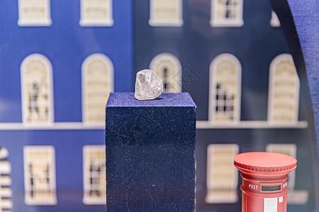 橱窗钻石原石展示图片