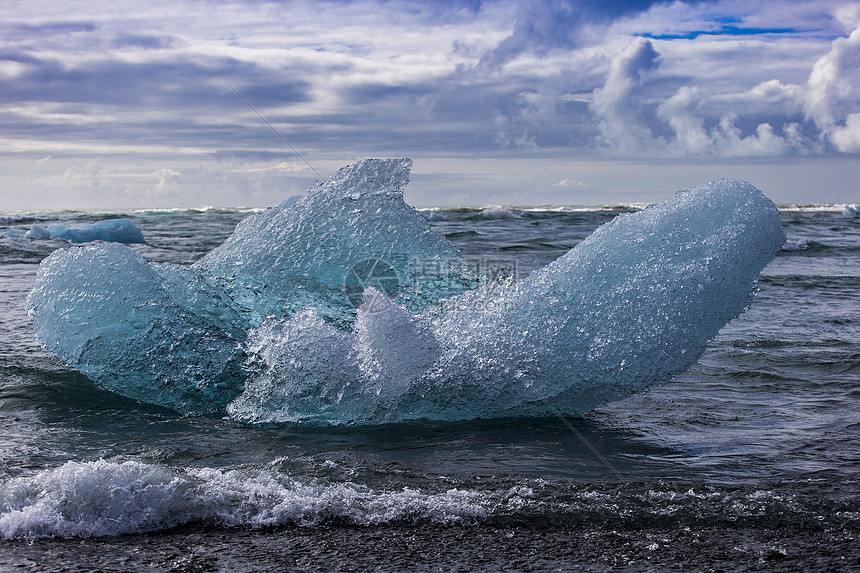 冰海涅蓝图片