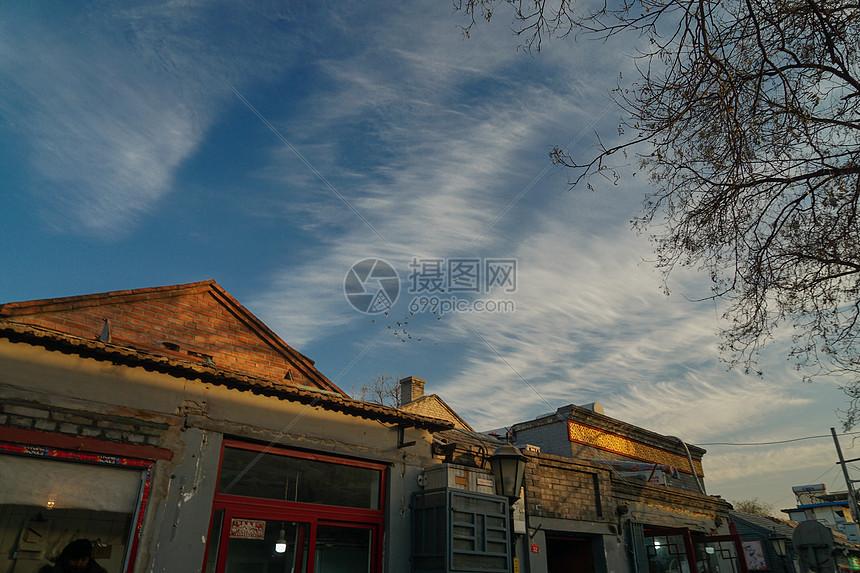 冬天北京胡同的天空图片