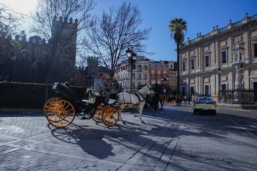 冬天西班牙塞维利亚的景区图片