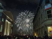 国外冬季夜晚庆新年的眼花图片