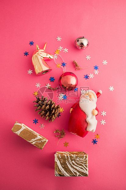 节日惊喜圣诞礼物大包图片