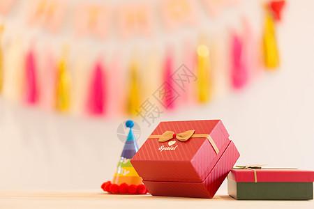 生日聚会礼物特写图片