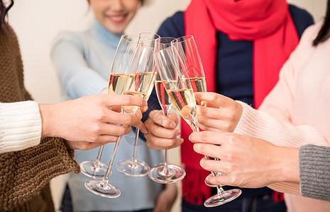 聚会喝酒碰杯干杯图片