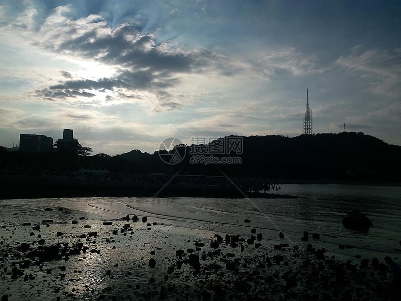 傍晚的浅滩图片