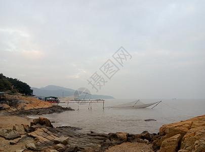 海岸的渔网图片