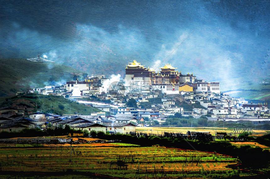 香格里拉松赞林寺清晨图片