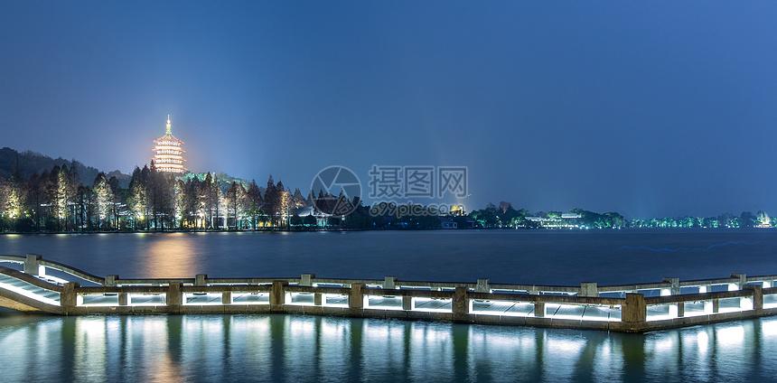 雷峰塔夜景图片