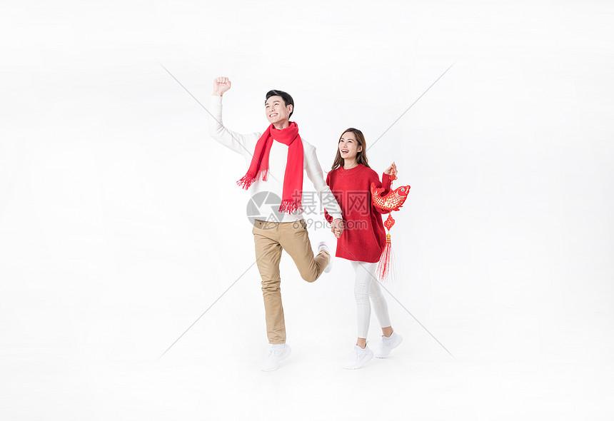 新年情侣人像棚拍图片