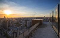从天台俯瞰上海城市建筑图片