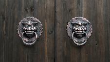 古典门环把手图片