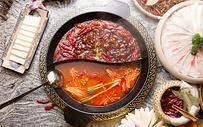 番茄牛油鸳鸯火锅图片