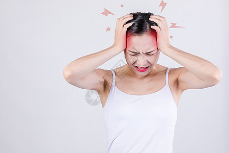 年轻女性失眠头痛图片