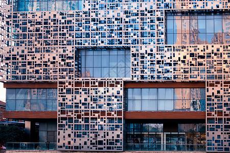 武汉汉街万达广场艺术感外墙图片