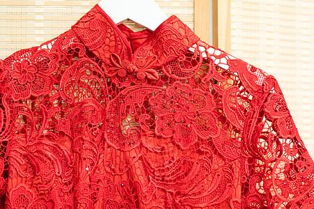 红色旗袍特写图片