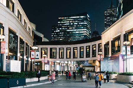 商场室外环境图片