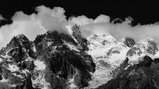 雀儿山雪景黑白图图片