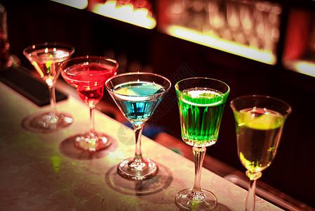 酒吧酒水饮料图片
