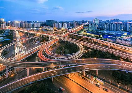 上海繁华都市繁忙的交通高架桥景观图片