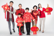 春节家人团聚拜年图片