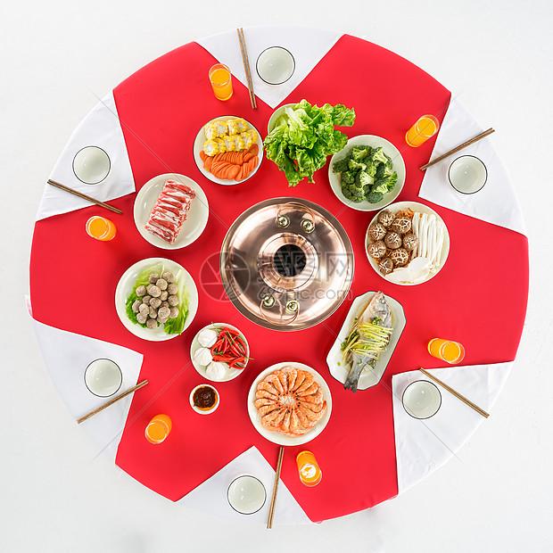 家庭宴会火锅聚餐图片