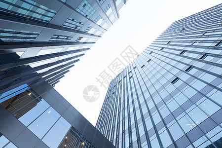 城市建筑仰拍图片