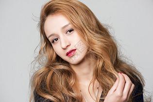 外国美女成熟美妆图片
