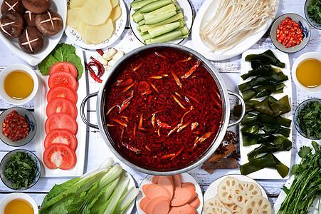 家庭聚餐小火锅图片