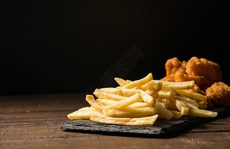 薯条炸鸡图片