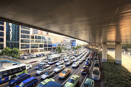 上海延安高架下的车流图片