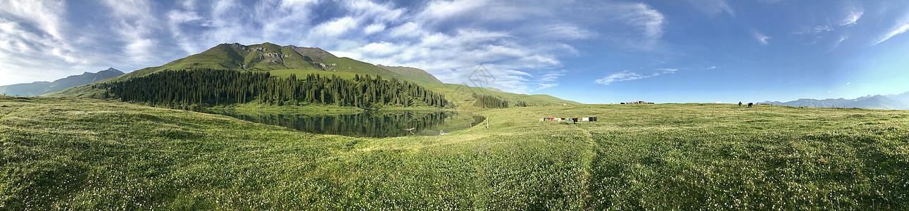 唐布拉风景区仙女湖全景图片