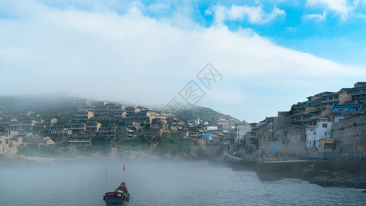 上海东极岛大雾图片