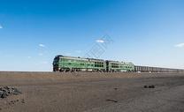 西部绿皮火车图片