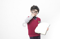 学习中的小朋友图片