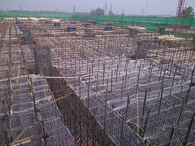 工程施工中的钢筋现场图片