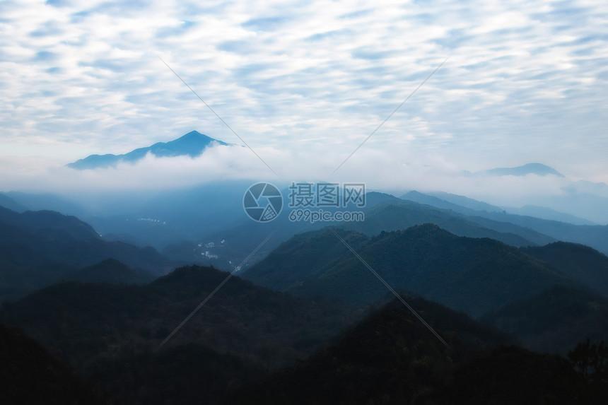 婺源山间图片