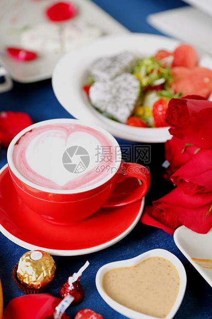 红丝绒咖啡图片