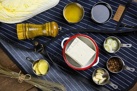 白菜炖粉条食材图片