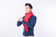 年轻男性新年拜年动作500793801图片