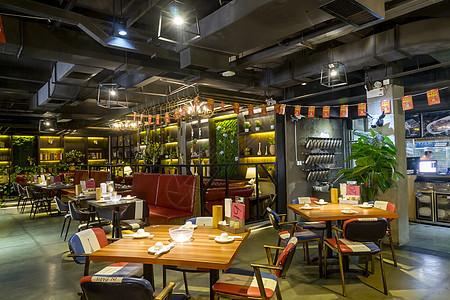美食餐饮店铺内景图片