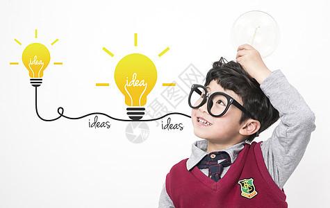 学习思考的小孩图片