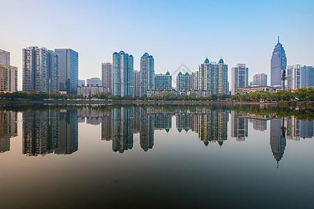 武汉城市风光倒影图片
