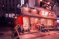 日本冲绳街头夜景图片